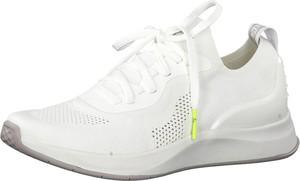 Buty sportowe Tamaris na platformie sznurowane