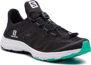 Czarne buty sportowe Salomon sznurowane z płaską podeszwą