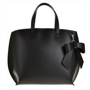 Czarna torebka vezze