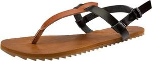 Sandały Volcom z płaską podeszwą z klamrami w stylu casual