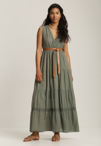 Sukienka Renee z dekoltem w kształcie litery v bez rękawów