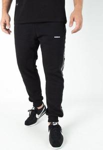 Czarne spodnie sportowe New Bad Line z dresówki
