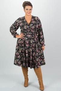 Sukienka Grandio z dekoltem w kształcie litery v dla puszystych midi