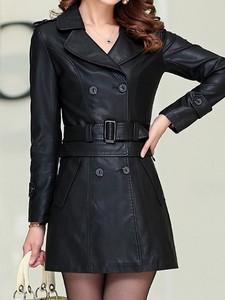 Czarna kurtka Elegrina krótka
