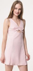Born2be różowa sukienka one i love