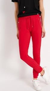 Czerwone spodnie sportowe Diverse z dresówki