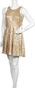 Złota sukienka Daisy bez rękawów z okrągłym dekoltem