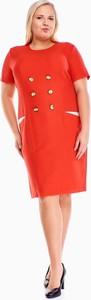 Czerwona sukienka Fokus z krótkim rękawem z okrągłym dekoltem dla puszystych