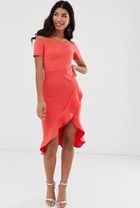 Różowa sukienka True Violet