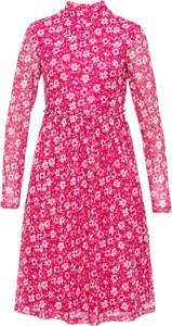 Różowa sukienka bonprix