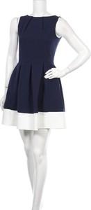 Niebieska sukienka Closet mini bez rękawów