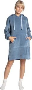 Niebieska sukienka Lalupa z kołnierzykiem koszulowa w stylu casual