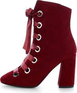 Czerwone botki Prima Moda sznurowane