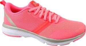 Różowe buty sportowe Under Armour w sportowym stylu z płaską podeszwą