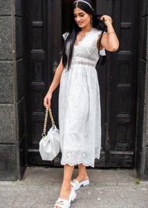 Sukienka Fason z dekoltem w kształcie litery v z bawełny