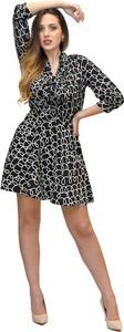 Sukienka Elisabetta Franchi z dekoltem w kształcie litery v z tkaniny