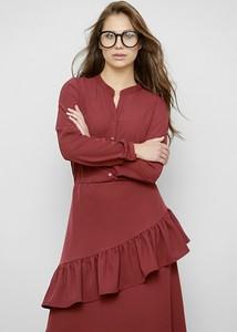 Czerwona sukienka Freeshion z tkaniny z dekoltem w kształcie litery v z długim rękawem