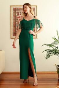 Sukienka Trendyol z dekoltem w kształcie litery v maxi