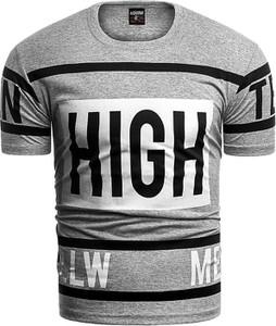 T-shirt Risardi w młodzieżowym stylu