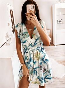 Sukienka Pakuten bez rękawów mini w stylu casual