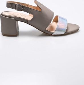 8adfe806 Sandały Wojas w stylu casual na słupku na średnim obcasie