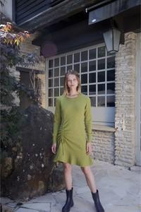 Zielona sukienka Rodier z okrągłym dekoltem mini z długim rękawem