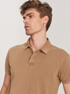 Brązowa koszulka polo Reserved z krótkim rękawem