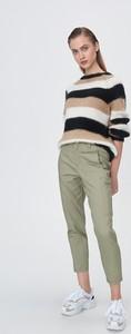 Zielone spodnie Sinsay w militarnym stylu