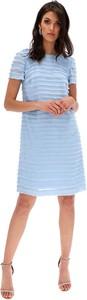 Niebieska sukienka Lavard w stylu casual prosta z krótkim rękawem