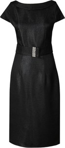 Czarna sukienka Fokus z dekoltem w łódkę z krótkim rękawem