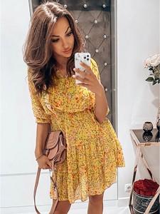 Sukienka magmac.pl z szyfonu z długim rękawem z żabotem