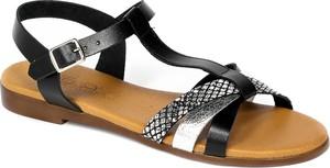 Czarne sandały Verano z płaską podeszwą z klamrami ze skóry