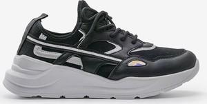 Buty sportowe Gemre.com.pl sznurowane z płaską podeszwą
