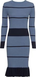 Niebieska sukienka bonprix BODYFLIRT boutique z długim rękawem z dzianiny