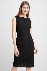 Sukienka QUIOSQUE bez rękawów z okrągłym dekoltem