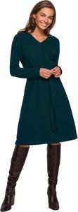 Sukienka Style z dekoltem w kształcie litery v z długim rękawem w stylu casual