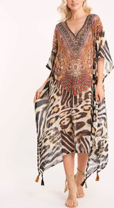 Sukienka Iconique dla puszystych maxi z dekoltem w kształcie litery v