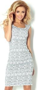 Sukienka NUMOCO dopasowana bez rękawów z okrągłym dekoltem