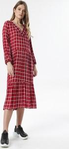 Sukienka born2be z długim rękawem midi w stylu casual
