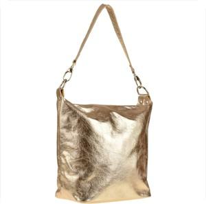 Złota torebka Borse in Pelle duża ze skóry na ramię