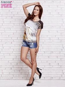 Brązowy t-shirt Sheandher.pl z okrągłym dekoltem z bawełny w stylu casual