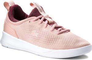 Różowe buty sportowe Lacoste w sportowym stylu sznurowane