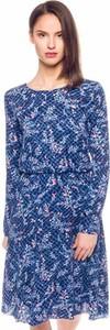 Niebieska sukienka Pepe Jeans w stylu casual midi z długim rękawem