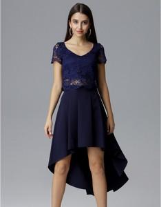 Niebieska sukienka Figl z krótkim rękawem asymetryczna