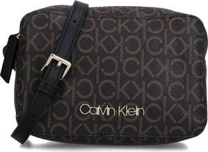 Torebka Calvin Klein mała z nadrukiem