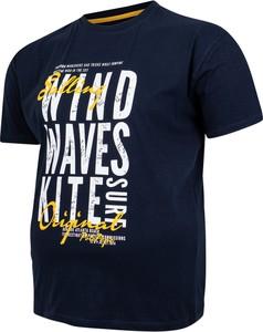 T-shirt Bigsize w młodzieżowym stylu z krótkim rękawem z bawełny