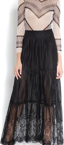 Czarna spódnica SAX35TH by Alicja Czarniecka z jedwabiu