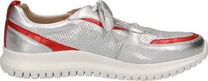 Buty sportowe Caprice sznurowane z płaską podeszwą