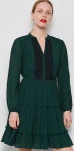 Zielona sukienka Reserved z długim rękawem z dekoltem w kształcie litery v