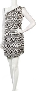 Sukienka Oasis mini bez rękawów z okrągłym dekoltem